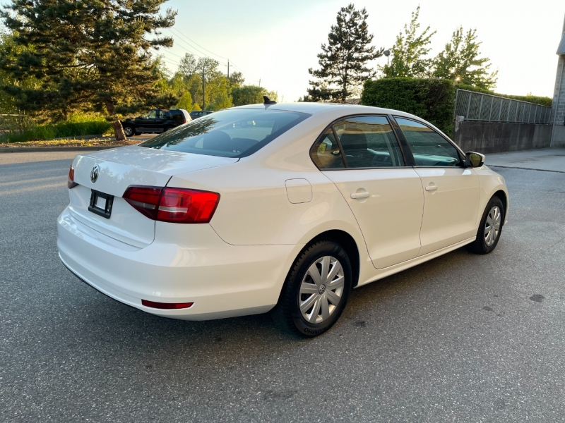Volkswagen Jetta 2017 price $11,500