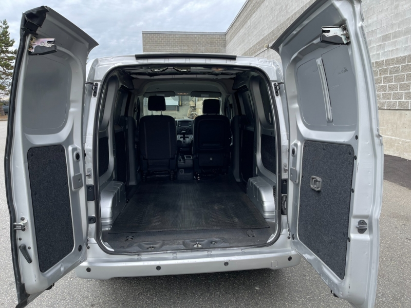 Nissan NV200 Compact Cargo 2017 price $19,500