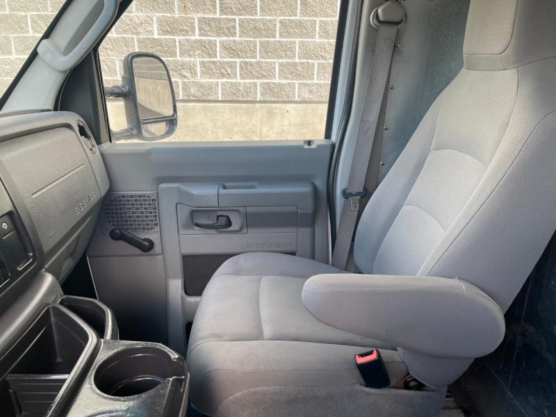 Ford Econoline Cargo Van 2014 price $18,750