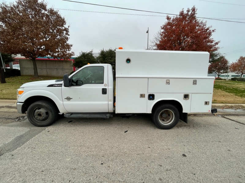 Ford F350 XL Enclosed Service Utility 2011 price $24,900