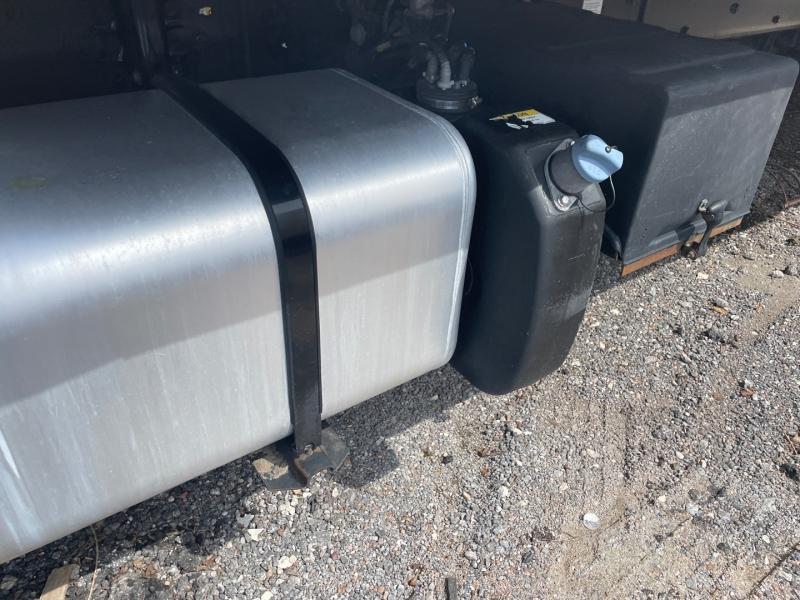Freightliner M2 26FT BOX 102,103 2015 price $49,500