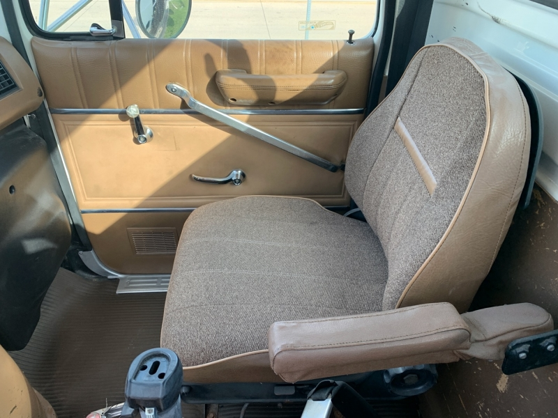 Ford Other 1994 price $13,900