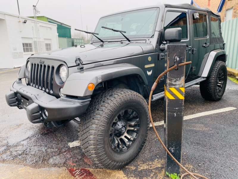 Jeep Wrangler JK Unlimited 2018 price Call for Price.