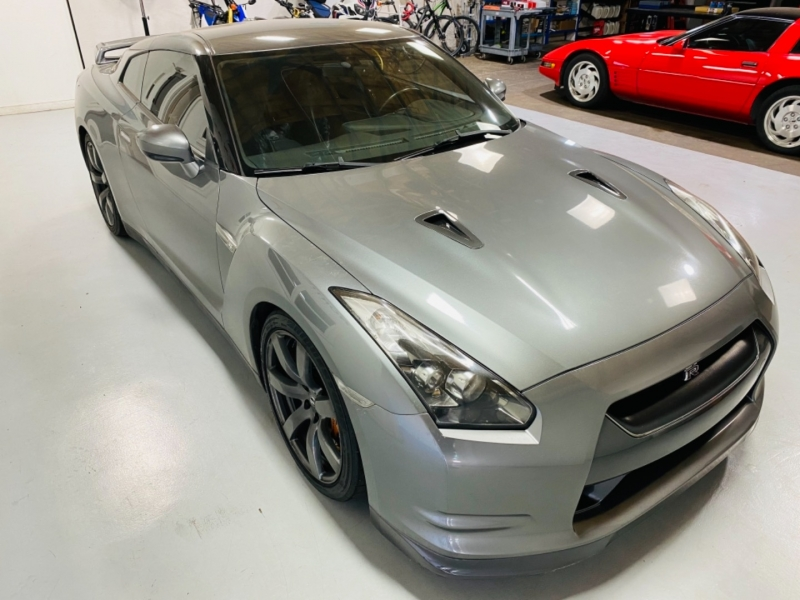 Nissan GT-R 2009 price Call for Price.