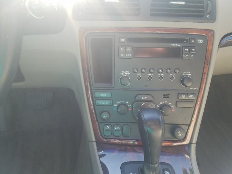 VOLVO S60 2007 price $3,995