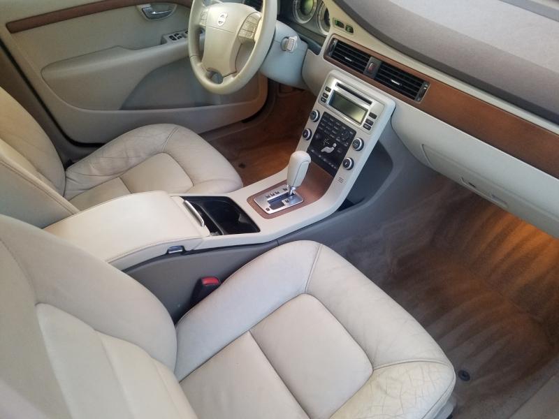 Volvo S80 2009 price $7,995