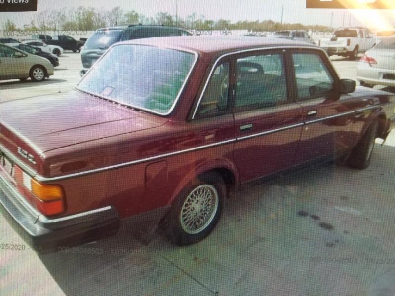 VOLVO 240 1990 price $4,295