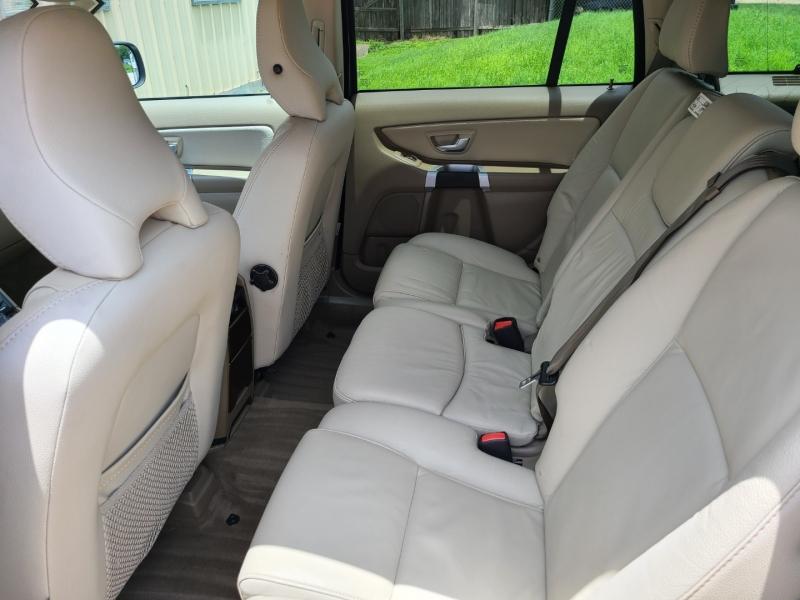 VOLVO XC90 2011 price $12,995