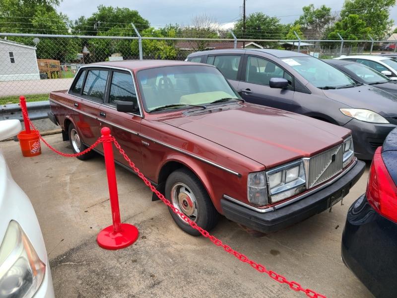 VOLVO 244 1985 price $2,795