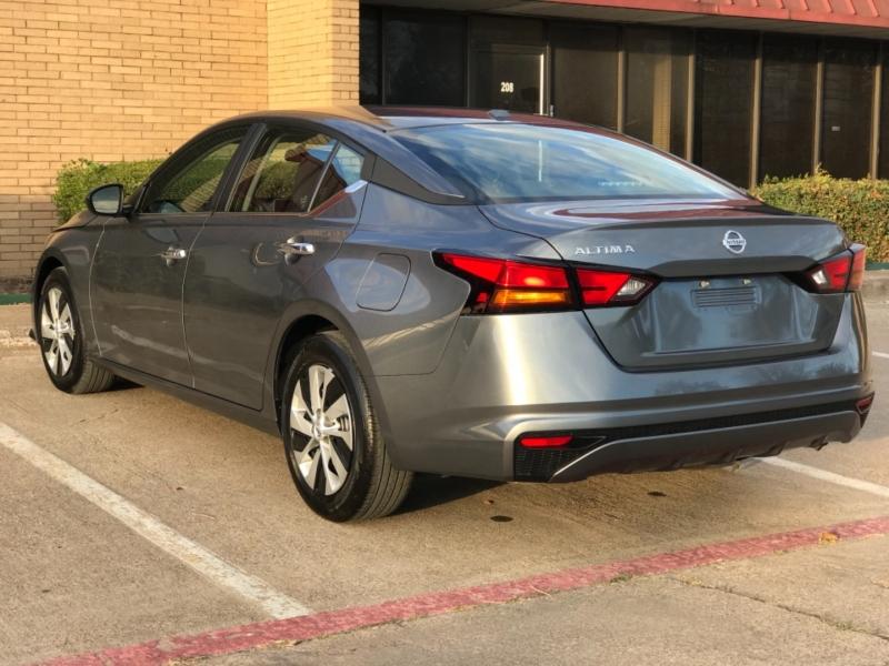 Nissan Altima 2020 price $16,490