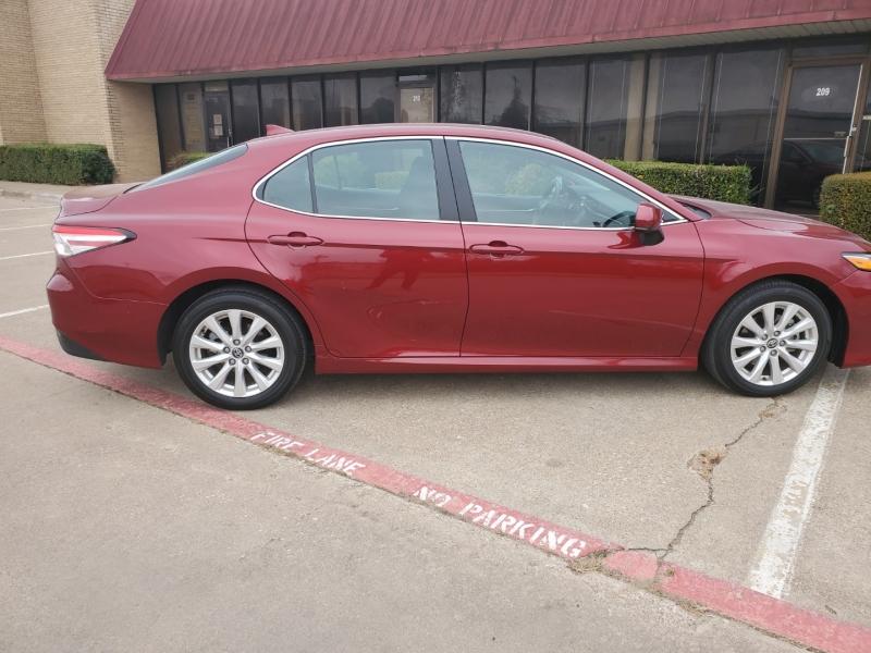Toyota Camry 2020 price $17,950