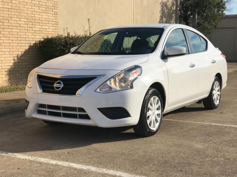 Nissan Versa 2019 price $11,500