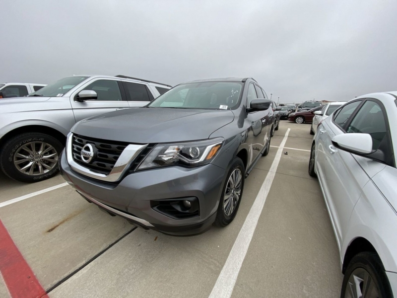 Nissan Pathfinder 2020 price $22,000