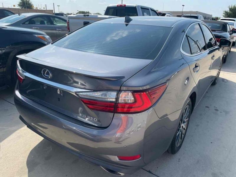 Lexus ES 2017 price $26,500