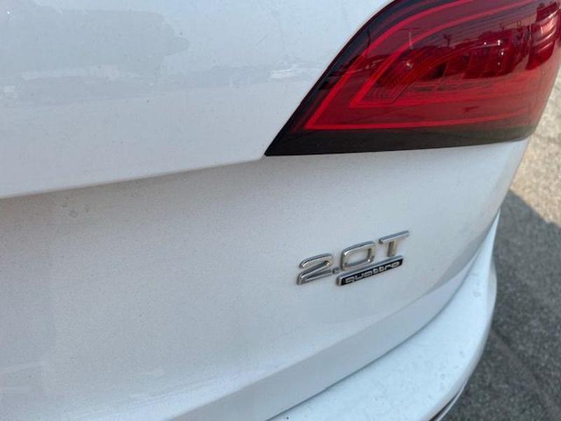 AUDI Q5 2013 price $13,877