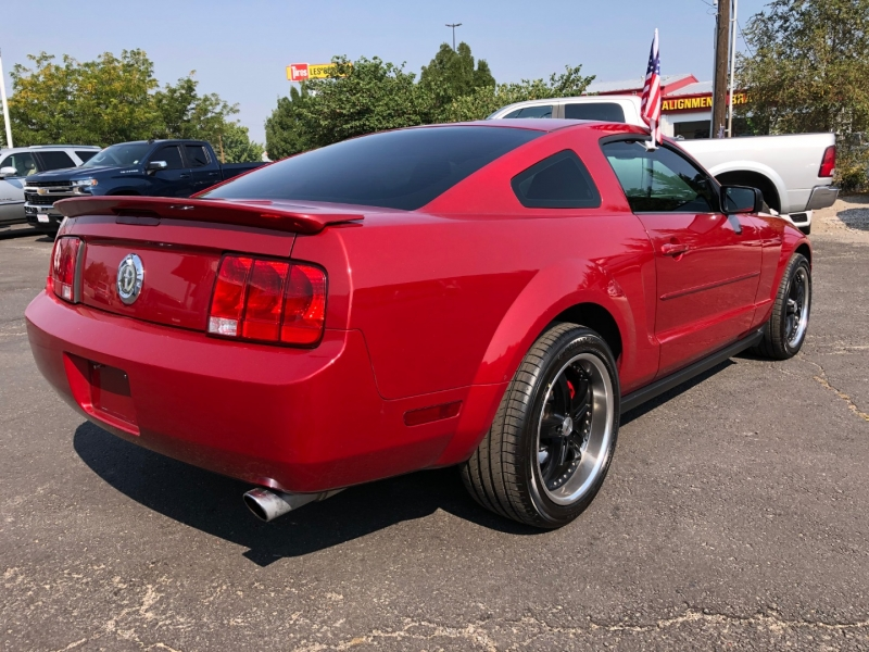 Ford Mustang 2008 price $9,995
