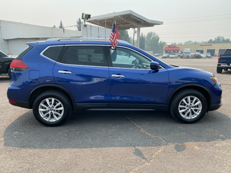 Nissan Rogue 2017 price $16,995