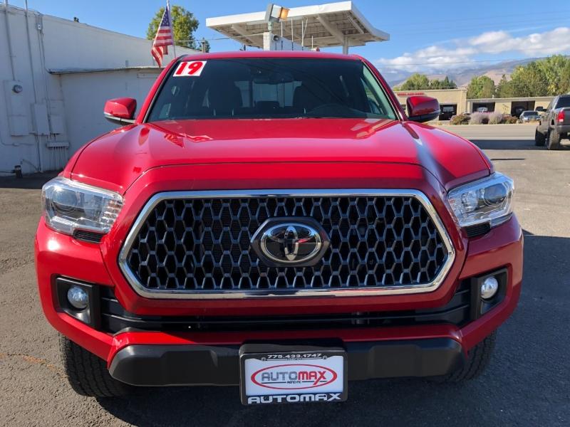 Toyota Tacoma 4X4 2019 price $36,995