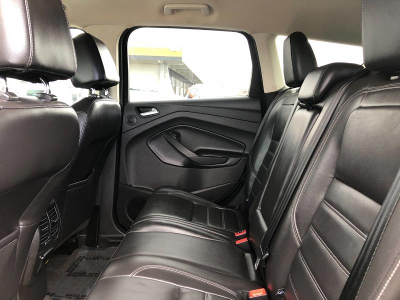 Ford Escape 2017 price $14,995