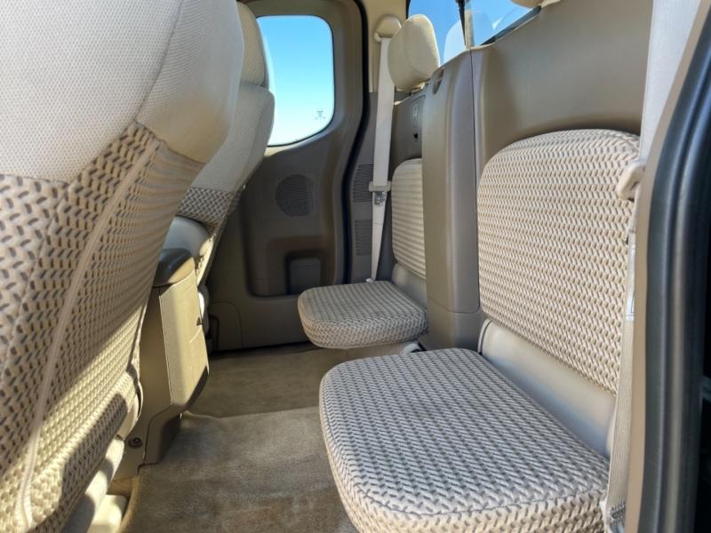 Nissan Frontier 2005 price $9,995