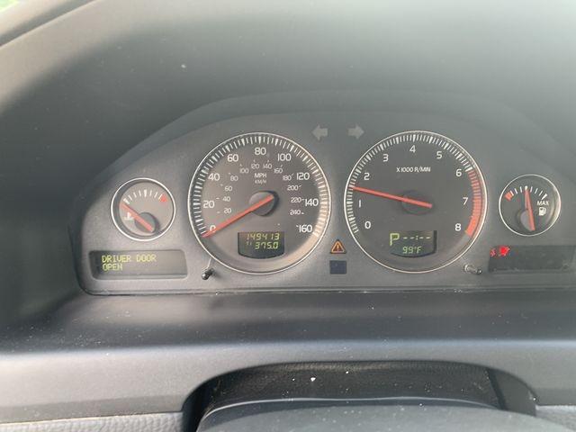 Volvo XC70 2005 price $0