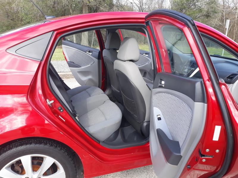 Hyundai Accent 2012 price $4,900
