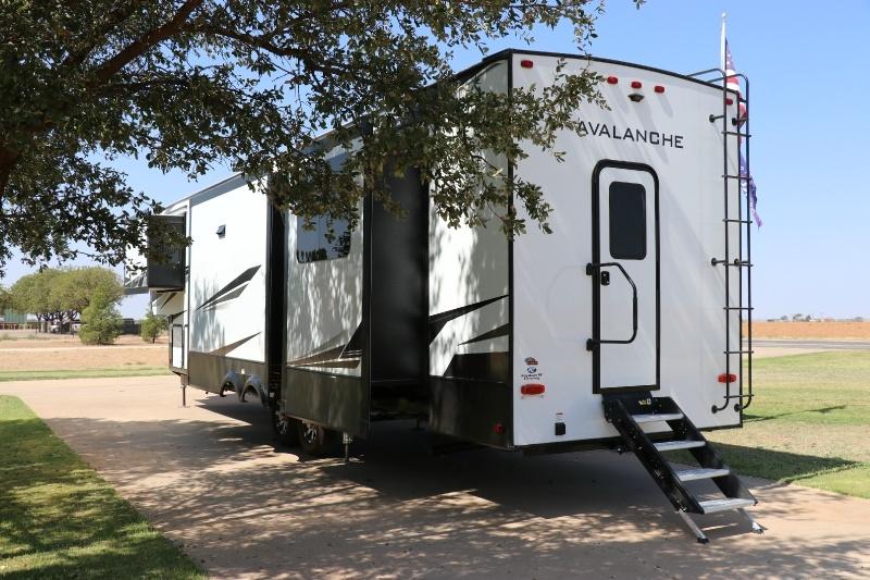 Keystone Avalanche 395BH 2021 price $62,500