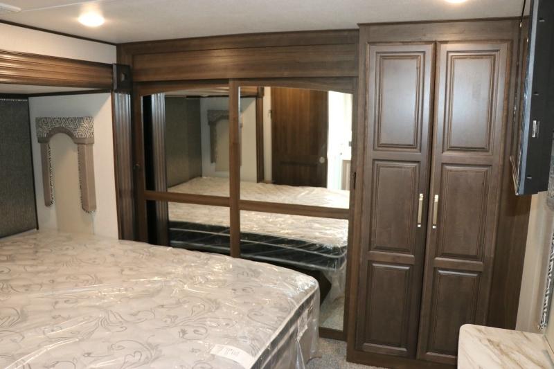 Keystone Avalanche 395BH 2021 price $69,995