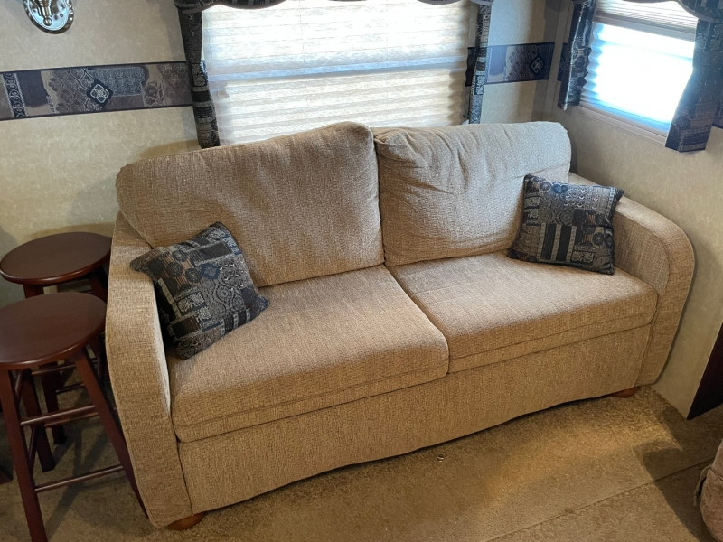 Forest River Rockwood Signature Ultra Lite 2011 price $19,750