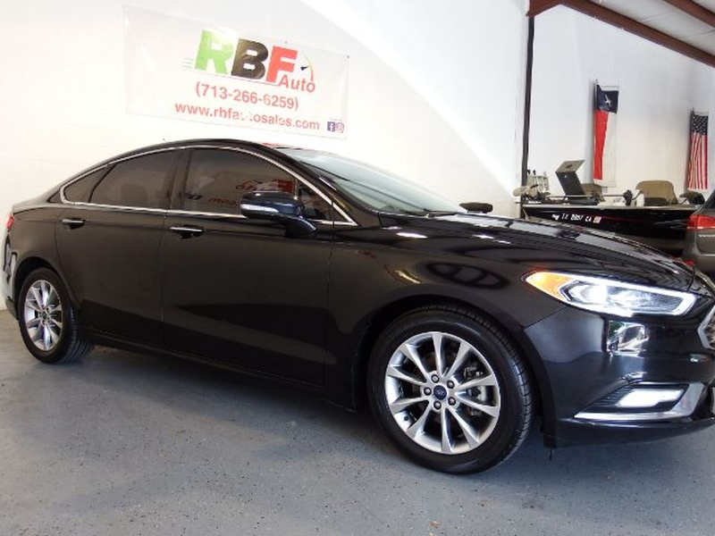 Ford Fusion 2017 price $12,795
