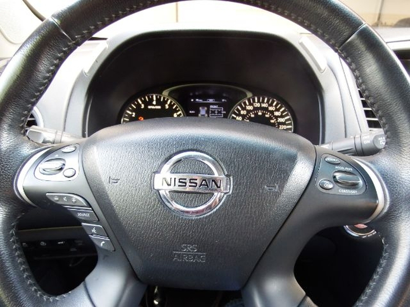 Nissan Pathfinder 2014 price $14,995