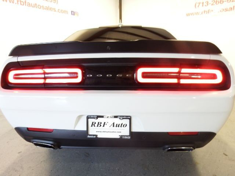 Dodge Challenger 2016 price $20,995