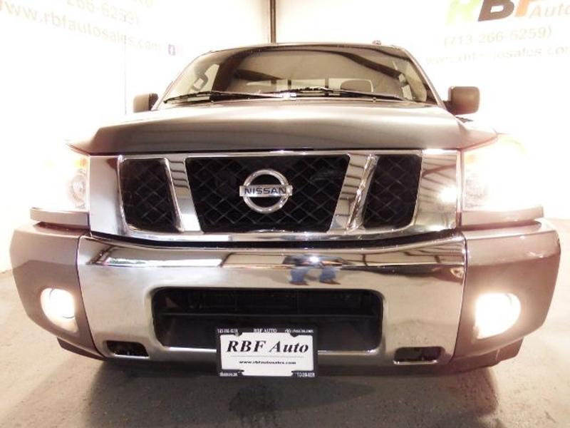 Nissan Titan 2014 price $15,995