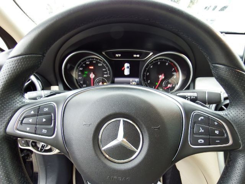 Mercedes-Benz GLA-Class 2018 price $21,995