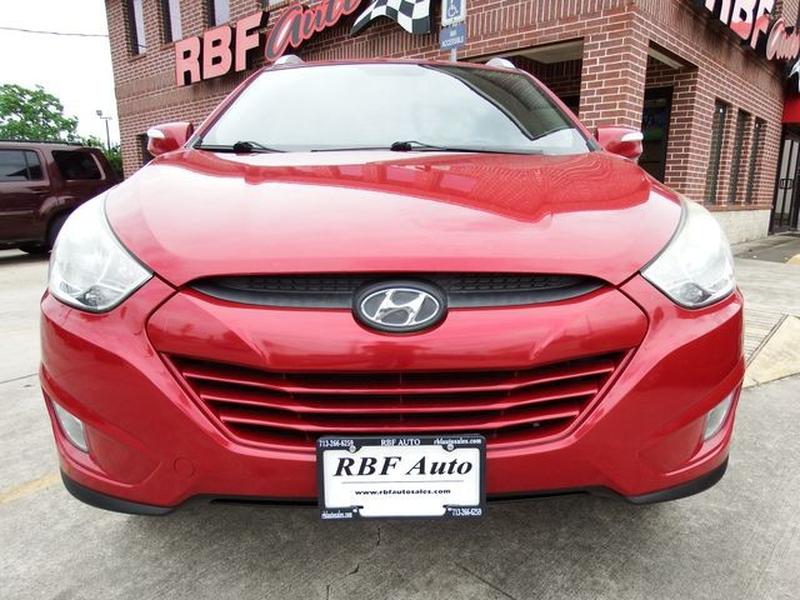 Hyundai Tucson 2013 price $10,999