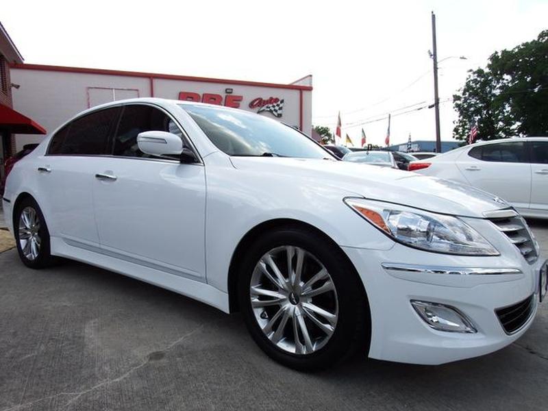 Hyundai Genesis 2014 price $15,995