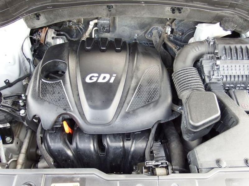 Kia Sorento 2014 price $14,995
