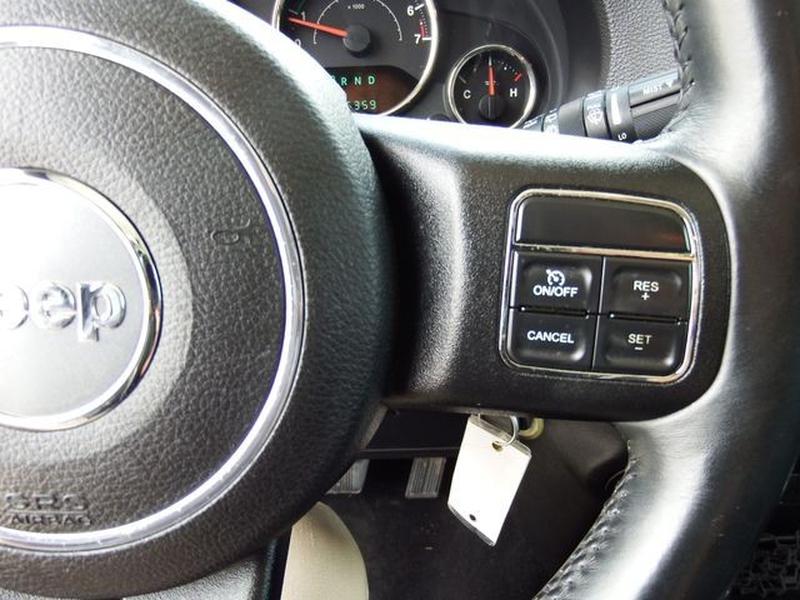 Jeep Wrangler 2013 price $25,995