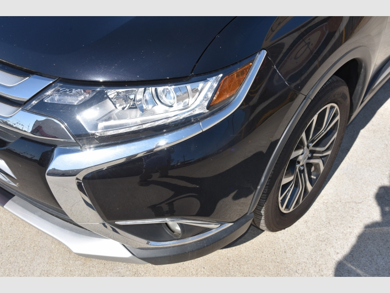 Mitsubishi Outlander 2017 price $1,200 Down