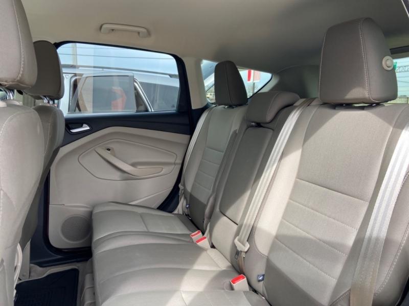 Ford Escape 2016 price $1,500 Down
