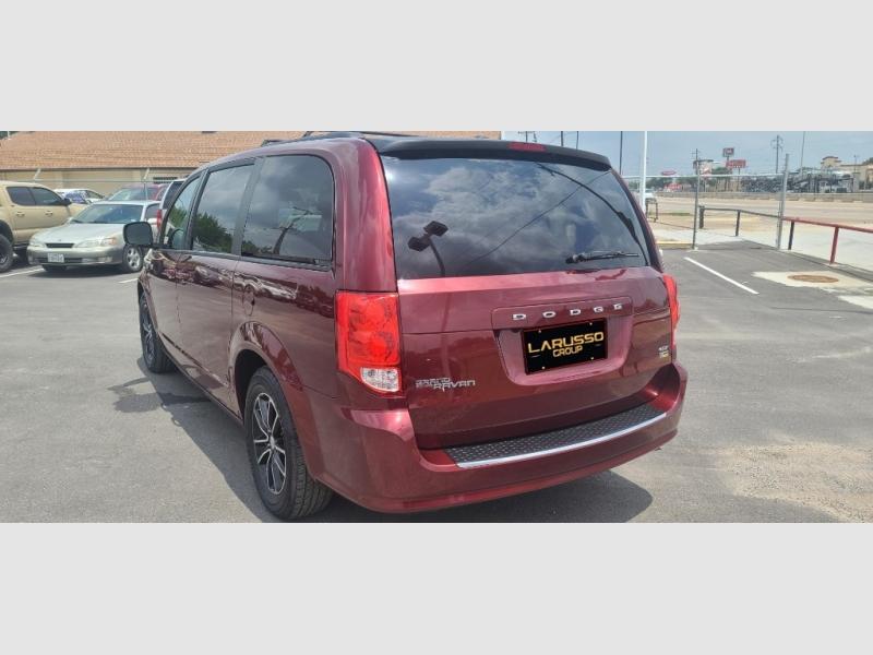 Dodge Grand Caravan 2018 price $2,000 Down
