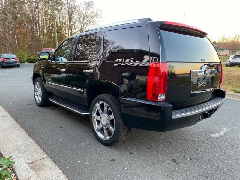 Cadillac Escalade 2008 price $3,500 Down