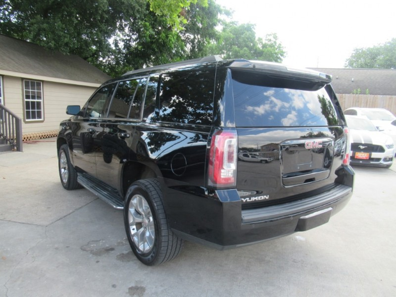 GMC Yukon 2015 price $3,995