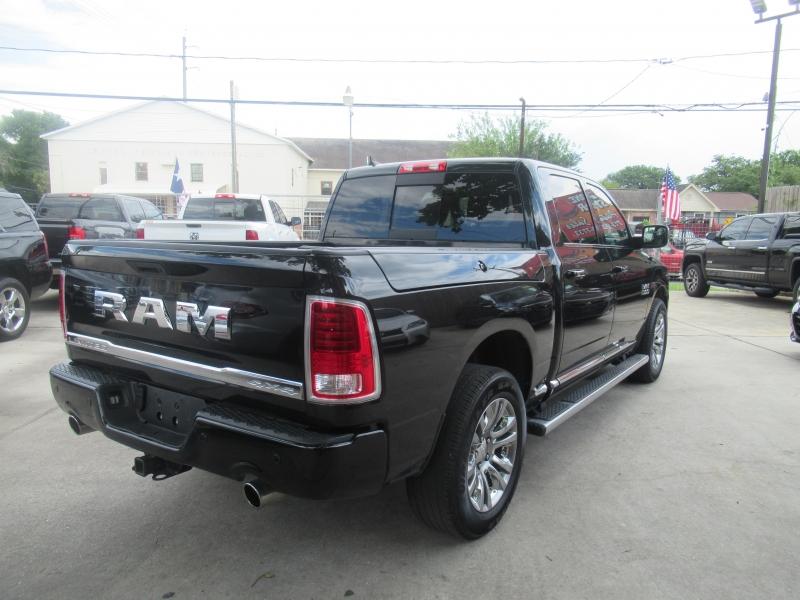 RAM 1500 2016 price $5,995