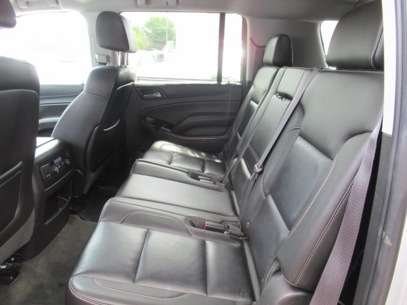 Chevrolet Suburban 2015 price $4,495
