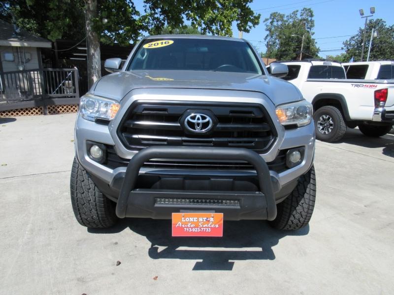 Toyota Tacoma 2016 price $3,995