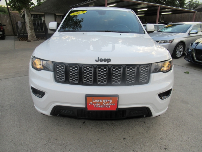 Jeep Grand Cherokee 2017 price $3,495