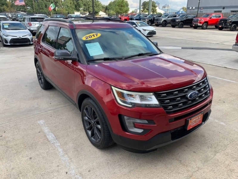 Ford Explorer 2017 price $3,995