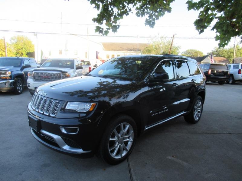 Jeep Grand Cherokee 2015 price $2,995