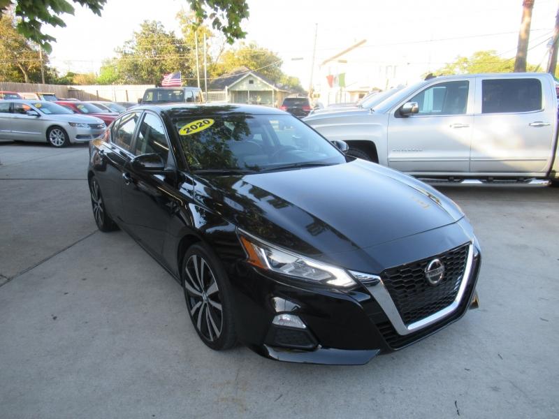 Nissan Altima 2020 price $3,495